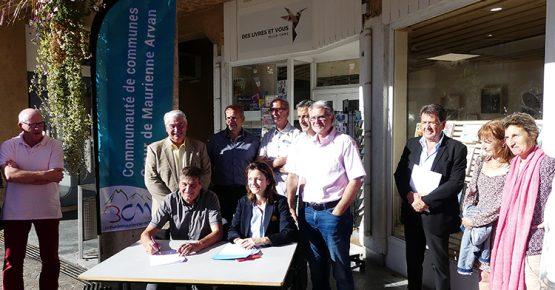 Signature de la convention entre la 3CMA et la Région Auvergne-Rhône-Alpes