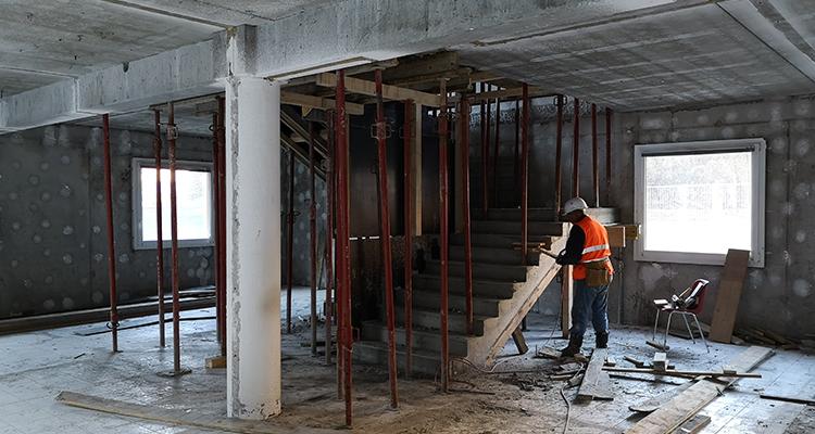Escalier maison intercommunalité 3CMA